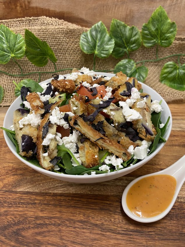 Panko crumbed eggplant strips, cucumber, tomato, feta, basil, and baby spinach with sundried tomato dressing (v)